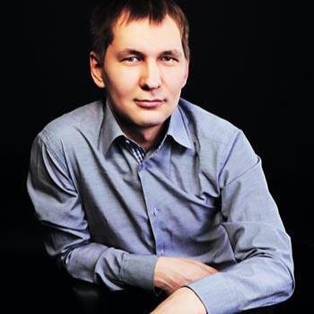 Михаил Хохолков